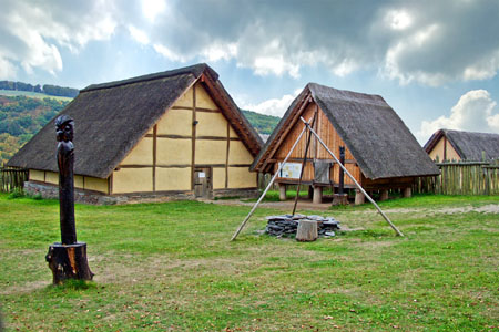 Reconstructed Celtic «Altburg» near Bundenbach («Idarwald» Forest)