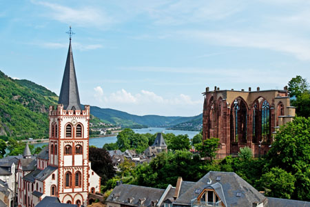 Bacharach with Peter's Church and the ruins of Gotic Werner Chapel (Rhine Valley)
